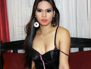 FiercerAriella-asian-cam-model
